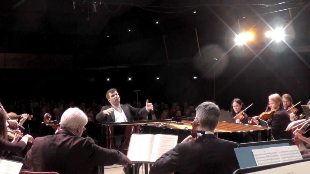 Beethoven: 5. Klavierkonzert (2. + 3. Satz)